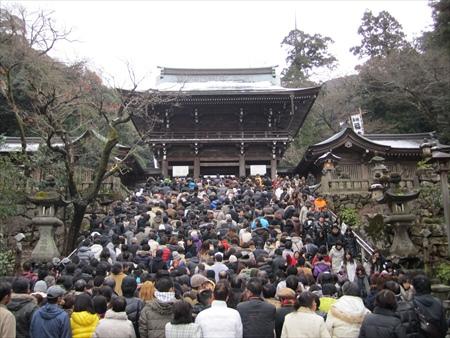 1 - 笠間稲荷神社の初詣 混まないアクセスはどれ?  駐車場はあるのかな?